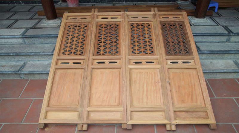 Sửa cửa gỗ ra vào