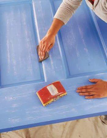 Đánh nhám bề mặt đồ gỗ