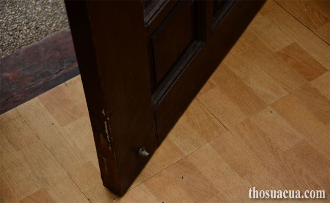 Sửa cửa bị võng