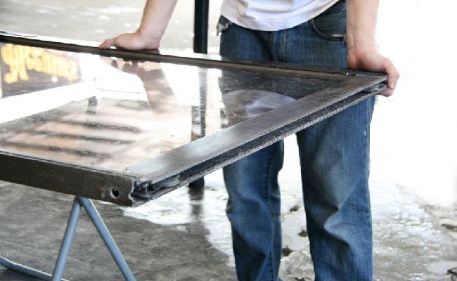 Cách làm sạch cửa kính bước 4