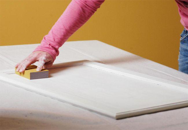 Làm thế nào để sơn tủ bếp