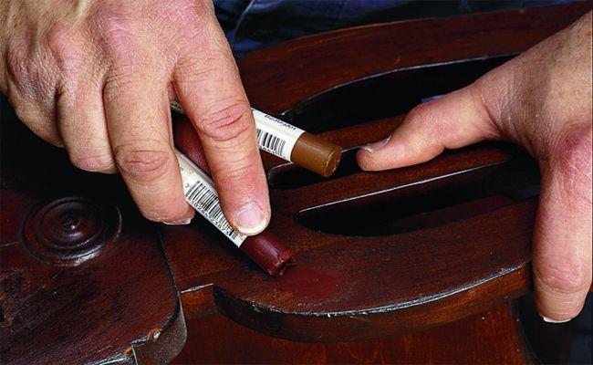Cách sửa chữa đồ gỗ bị trầy xước