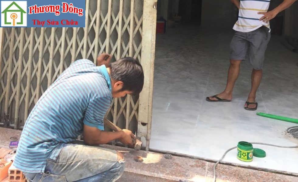Thợ sửa cửa sắt